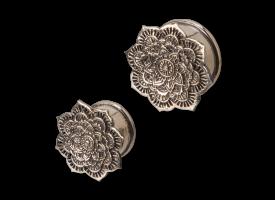 White Brass Ear Plug - style 36